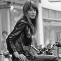 Francoise Hardy sur sa Honda_miniature