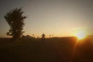 Virage8_Tour de France en Royal Enfield_01