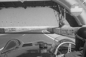 Virage8_MikeHawthorn_LeMans_1956