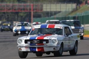 Virage8_Mustang Bleu-Blanc-Rouge