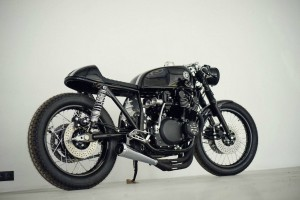 Virage8_Eastern-Spirit-Garage_Suzuki-750_02
