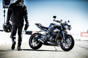 Virage8_Street Triple RS Static Location 1